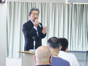 講師の(株)日本デント、渋澤社長