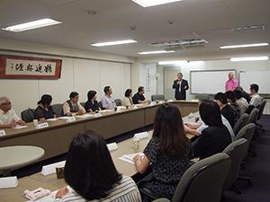 研修には東京地区の寮長・寮母ら26名が参加