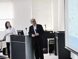 浮舟総長と通訳を務める滋慶韓国センターの鄭代表