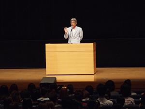 家族の思いを伝える、財団法人夏目雅子ひまわり基金代表事務局長 小達一雄さん