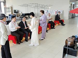 琵琶湖クラブのロビーに設けられたお茶席