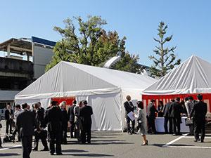 地鎮祭の会場。奥に見えるのがJR鳥取駅
