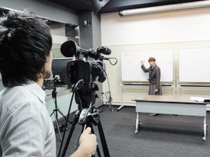 新スタジオでオンデマンド講座の収録が進む