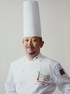 松島 義典 氏