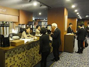 「The Symphony Shop」と「The Symphony Cafe」