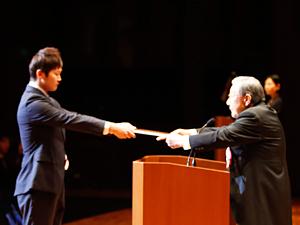 東洋医療専門学校 太田宗夫学校長