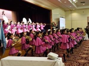 島根県立出雲商業高等学校吹奏楽部によるお祝いの演奏